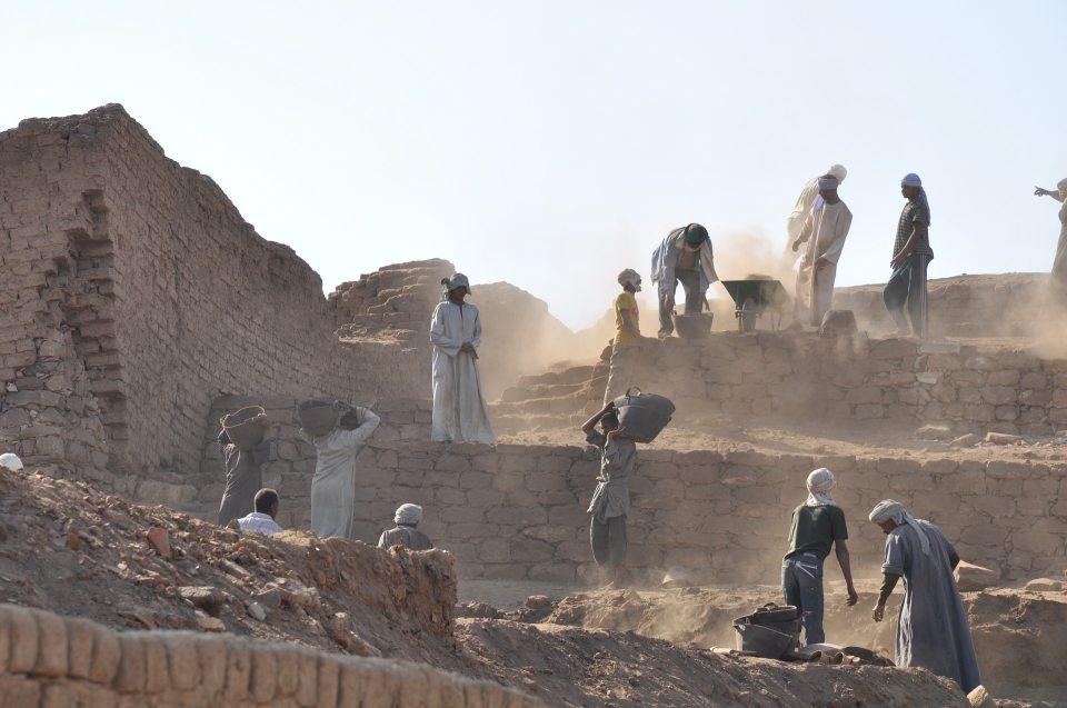 Private Räume, Siedlungen, soziale Beziehungen: Bauarbeiter Aegypten