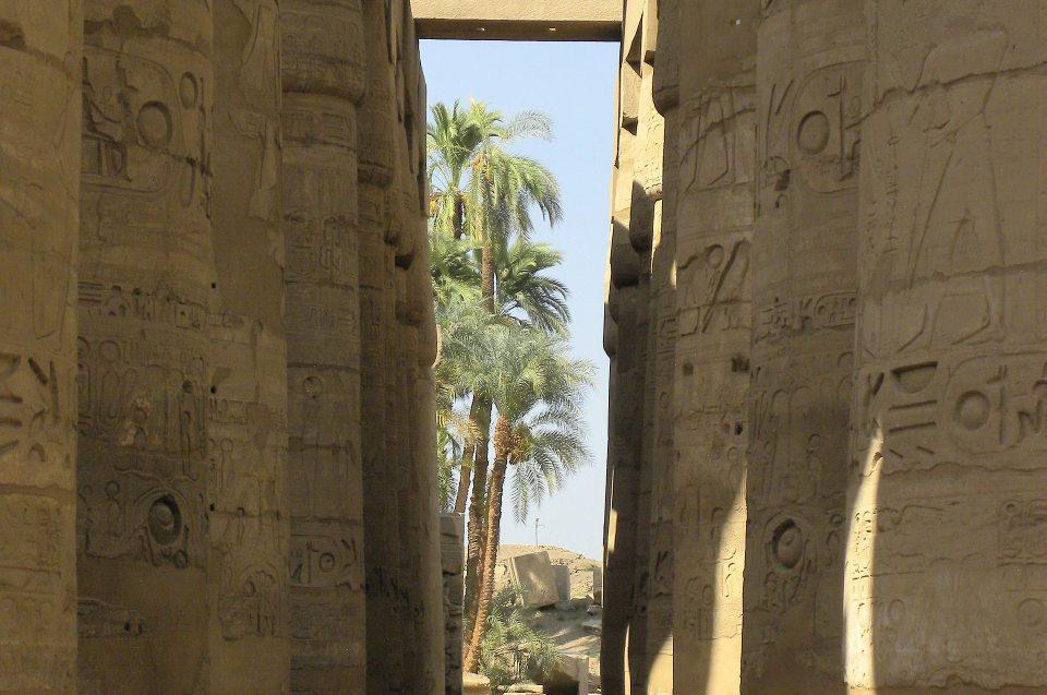 Pharao - Thutmoses III.: der Kriegsherr: Karnak Saeulenhalle