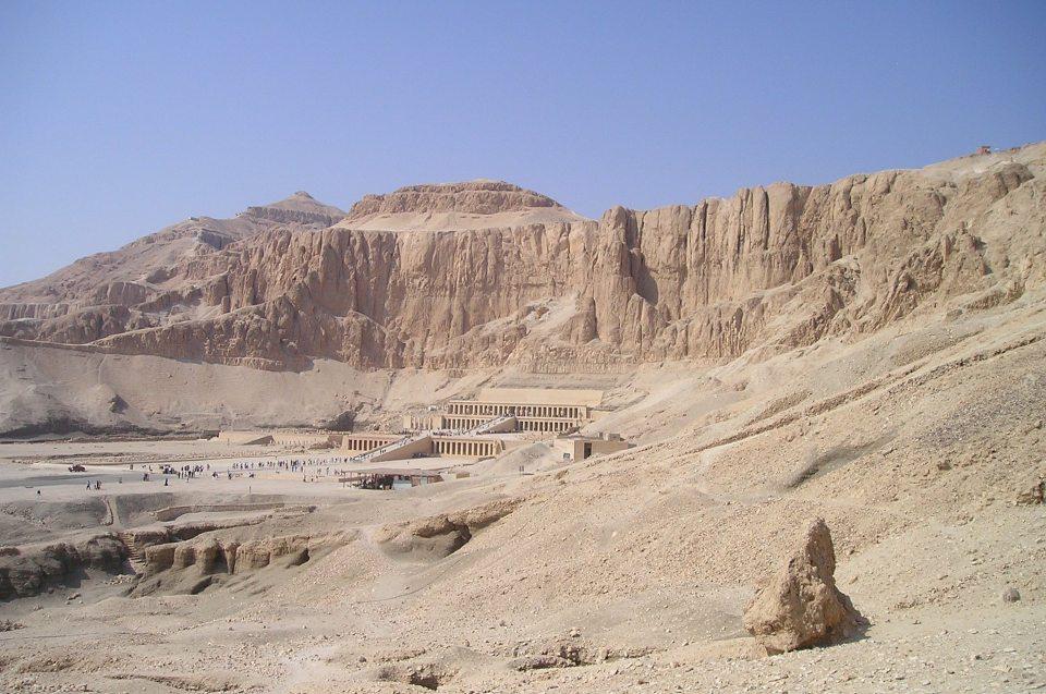 Pharao - Amenophis III. - der Prächtige: Thal der Koenige Tempelanlage und Grab von Amenophis