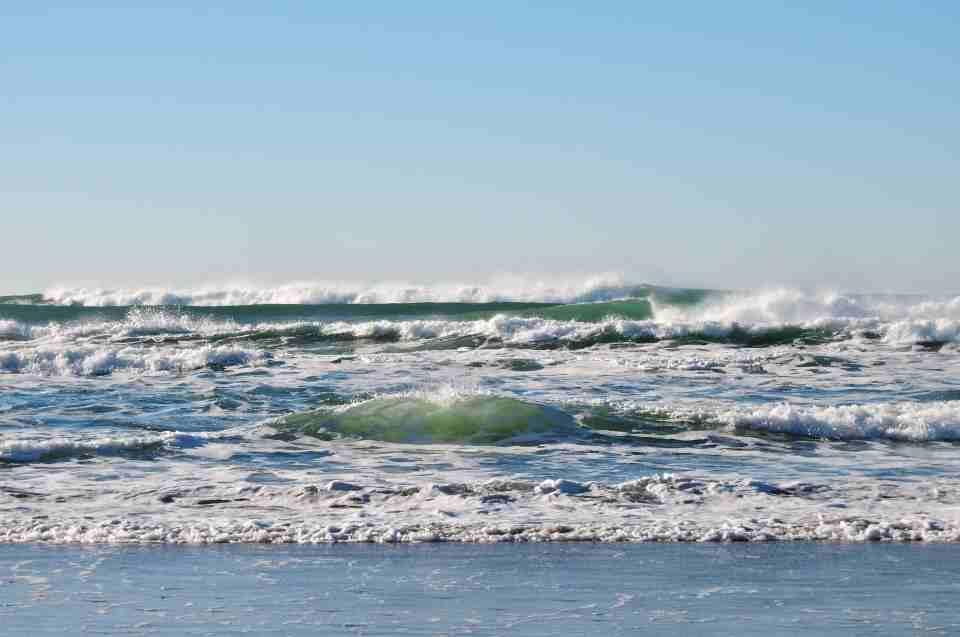 Zukunft der Meere - Meeresbrandung mit Gischt