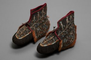 Irokesen Mokassins um 1820 © Musem für Völkerkunde Wien