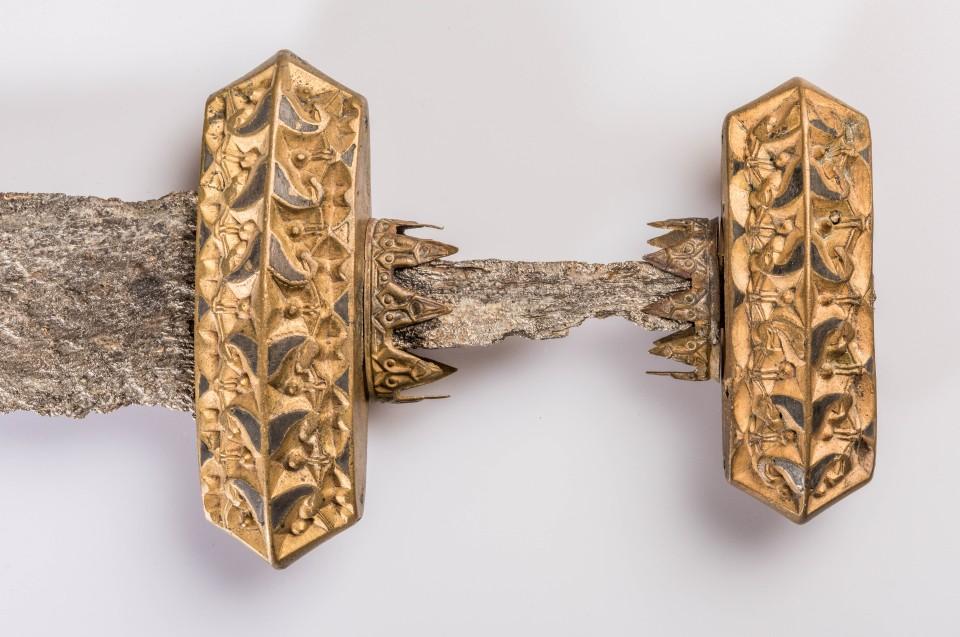 Schwert Oppmannasjön, S, Eisen, Bronze, Silbertauschierung, 9. Jh. © Lunds Universitets Historiska Museum - Foto: Andreas Jacob