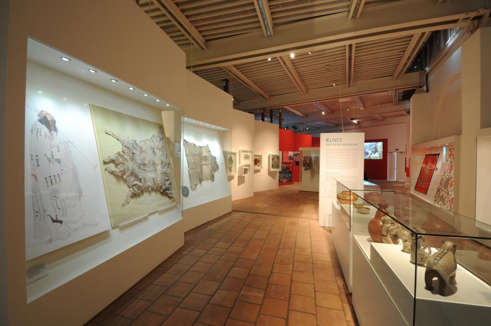 Ausstellungsraum Kunst Indianer Ausstellung - Copyright: Andreas Jacob