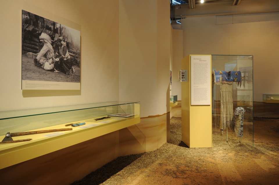 Ausstellungsraum Sioux Indianer Ausstellung - Copyright: Andreas Jacob
