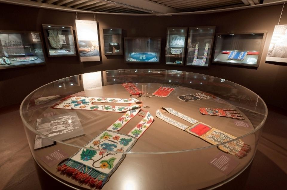 Bandoliertaschen Indianer Ausstellung - Copyright: Andreas Jacob