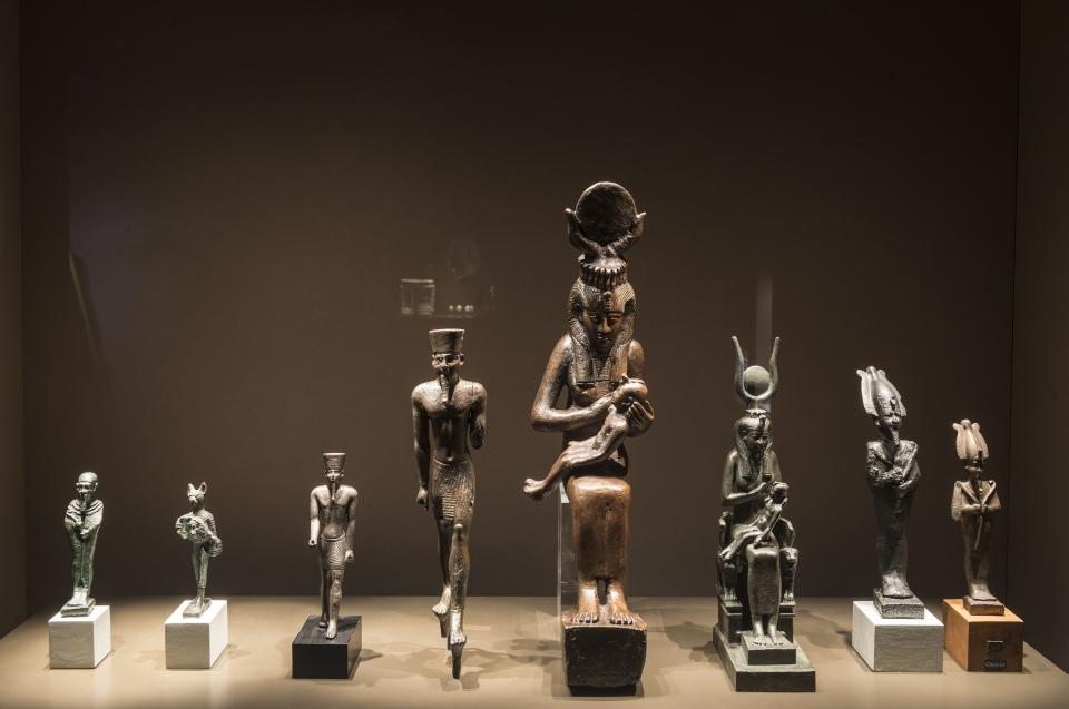 Exponate Gottheiten mit Osiris Alexander Ausstellung - Copyright: Andreas Jacob