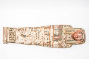 Innensarg der Mumie Ta-Cheru, Holz, Spätzeit © King`s Museum, University of Aberdeen, ABDUA: 22118, Foto: Andreas Jacob